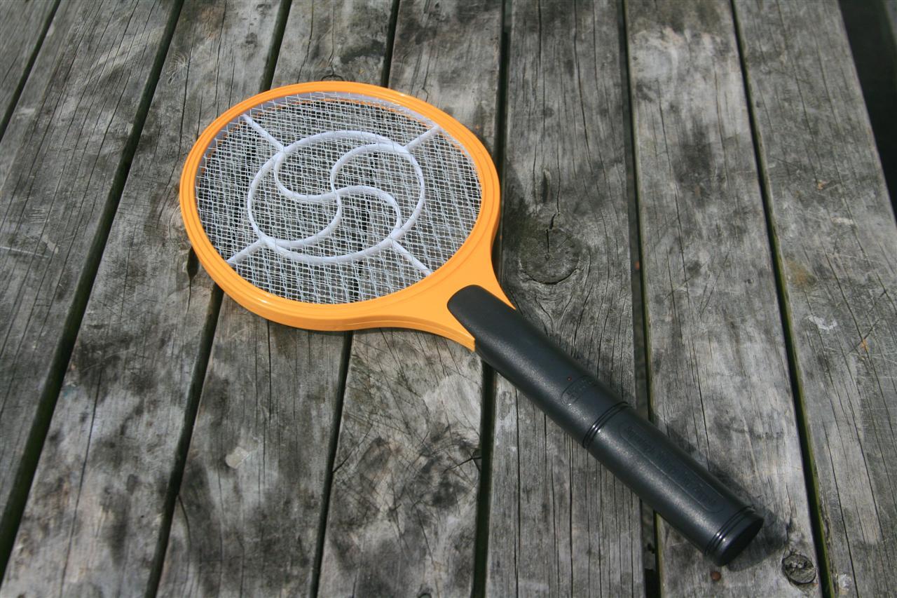 elektrischer Mückenschläger
