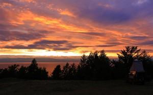 Sonnenuntergang am Baikal (Russland)