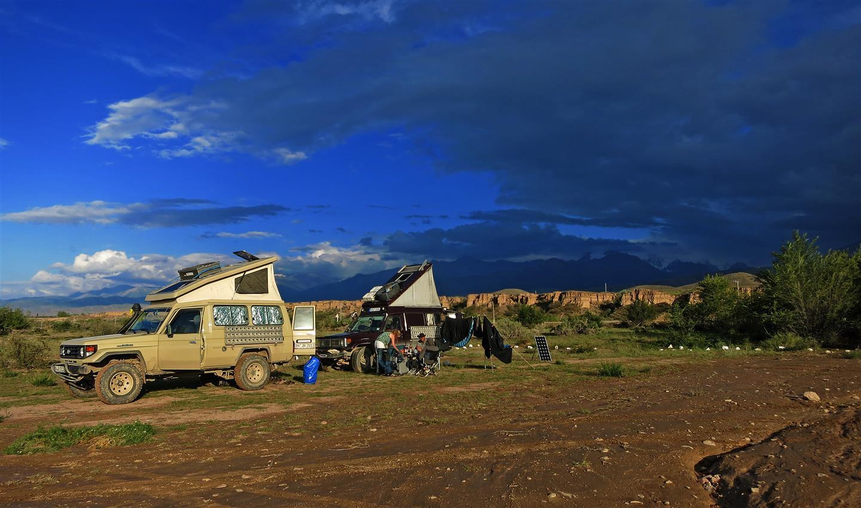 Camping am Issyk Köl (Kirgistan)