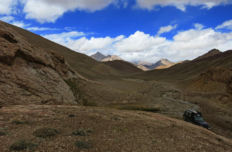 auf der Suche nach der Höhle (Tadschikistan)