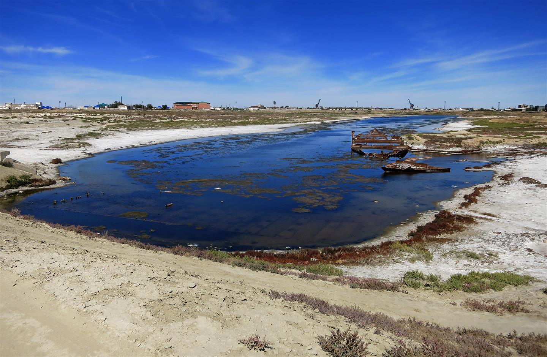 Am Hafen in Aralsk (Kasachstan)