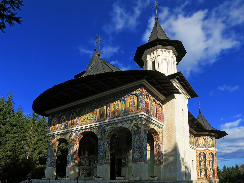 restaurierte Kirche in Rumänien