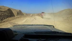 von der EU finanzierter Straßenbau im Ferghanatal (Kirgistan)